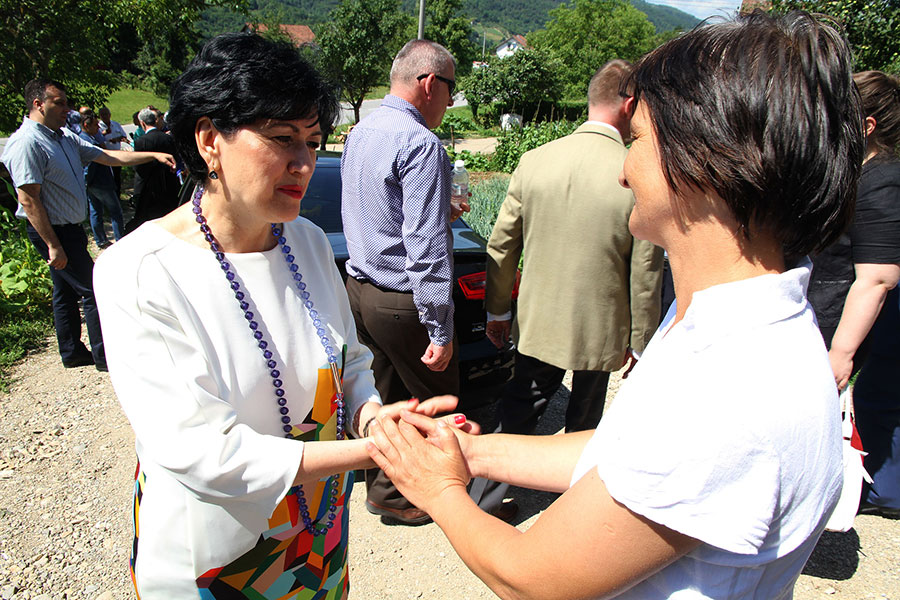 Minister Borovac with Ms Zivojevic